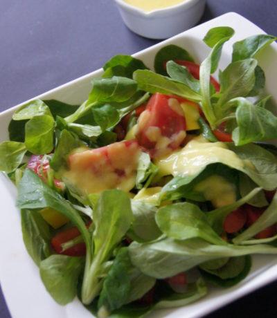 Feldsalat-mit-Mangodressing