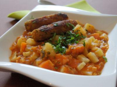 Linseneintopf mit Gemüsewürstchen