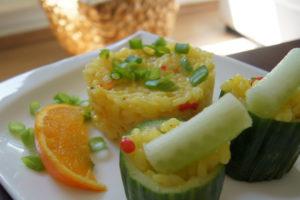 Salatgurke mit Orangen-Risotto